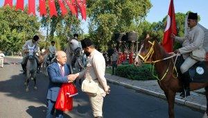 Salihli'nin 95'inci kurtuluş yılı atlı birliklerle kutlandı