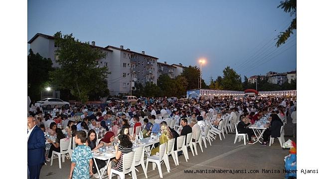 Yunusemre'de binlerce vatandaş bu sofrada ağırlanacak