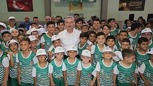 Saruhanlı Belediyesinden Bin Öğrenciye Spor Eğitimi