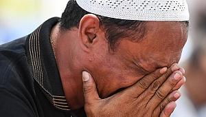 Endonezya'daki deprem ve tsunamide ölü sayısı 1558'e çıktı
