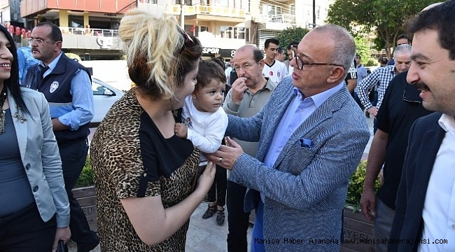 MHP Manisa'dan Binlerce Manisalıya Aşure