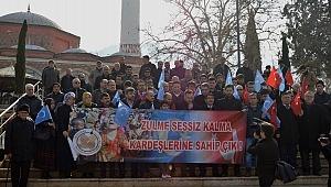 Manisa Doğu Türkistan için tek yürek