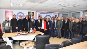 Şehzadeler Belediye Başkanı Ömer Faruk Çelik ziyaretlerini sürdürüyor