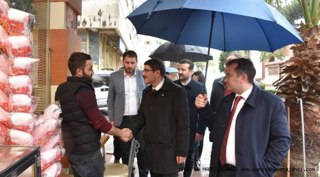 Başkan Çelik'ten Yağmur Altında Seçim Çalışması
