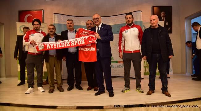 Büyükşehir Amatör Spor Kulüplerinin Yanında