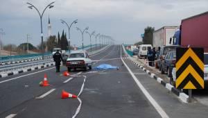 Manisa'da otomobil yayaya çarptı: 1 ölü