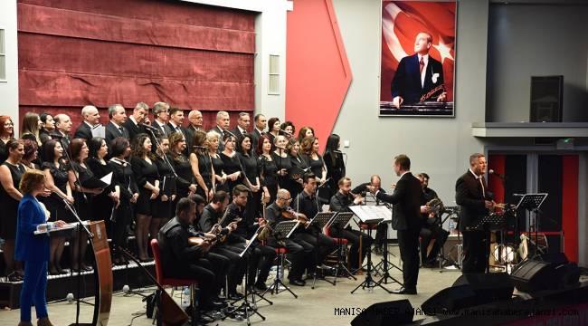 Manisa'da Türk Halk Müziği konseri