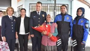 Turgutlu polisinden huzurevi sakinlerine ziyaret