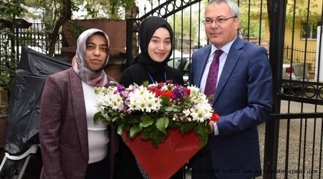 Vali Deniz, Manisa Kız Anadolu İHL Öğrencileriyle Bir Araya Geldi