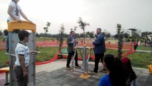 Başkan Çelik Parkı Çocuklara Emanet Etti