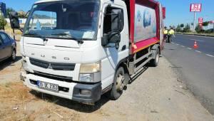 Turgutlu'da çöp kamyonu motosiklete çarptı: 1 yaralı