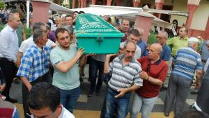 Manisa'da kamyonetin çarptığı emekli doktor öldü