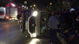 Manisa'da otomobille kamyonet çarpıştı: 4 yaralı