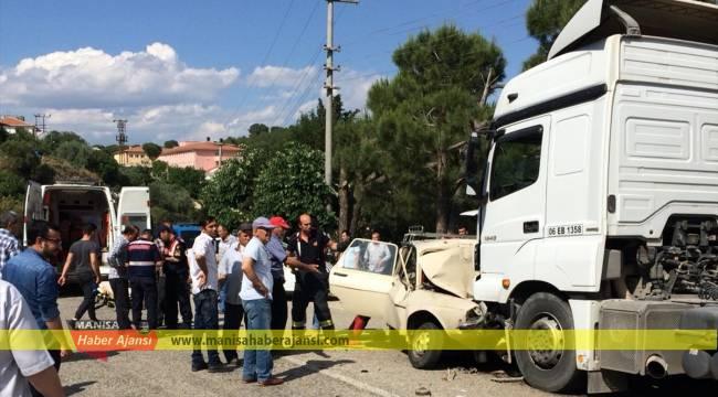 Manisa'da trafik kazaları: 1 ölü, 3 yaralı