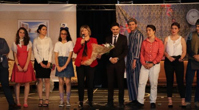 Tiyatro Festivali Sona Erdi