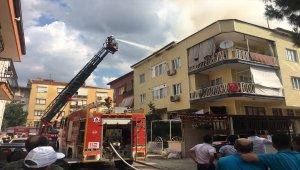 Denizli'de çatı yangını