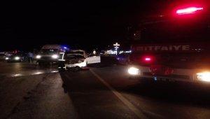 Denizli'de iki otomobil çarpıştı: 11 yaralı