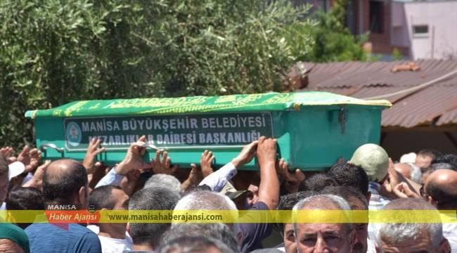 Turgutlu'daki trafik kazasında hayatını kaybeden toprağa verildi