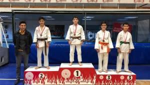 Yıldız Judocular İl Birinciliği İçin Yarıştı