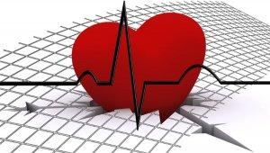 COVID-19 döneminde kronik kalp hastalarına çağrı:tedavi devamlılığı, kilo kontrolü, evde egzersiz
