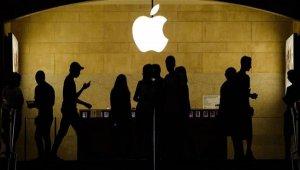 Apple блокирует смартфоны, украденные во время протестов в США