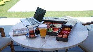 Hilton İstanbul Bomonti'den iş toplantılarına özel açık havada temassız kahvaltı