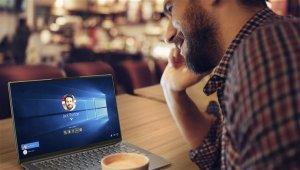 Lenovo Yoga S940 ultra ince tasarımıyla yapay zekada en son teknolojiyi buluşturuyor