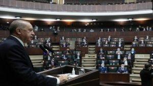 Cumhurbaşkanı Erdoğan, Cuma namazı sonrası gazetecilere açıklamalarda bulundu.