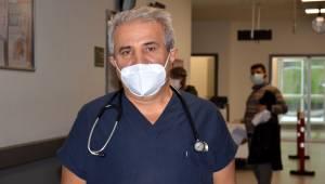 Covid-19'u yenen Dr. Osman Altıparmak uyardı Gençler koronavirüse karşı dikkatli olsun