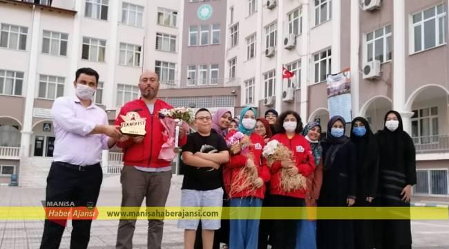 Manisa'nın gururu Şehit Fatih Kalu Kız Anadolu Lisesi İmam Hatip Lisesi