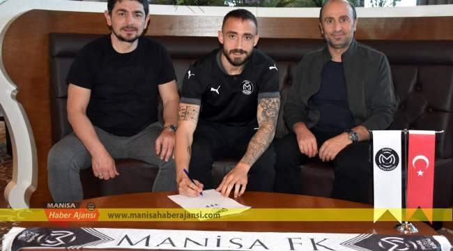 Manisa FK dış transferde 3 futbolcuyla sözleşme imzaladı