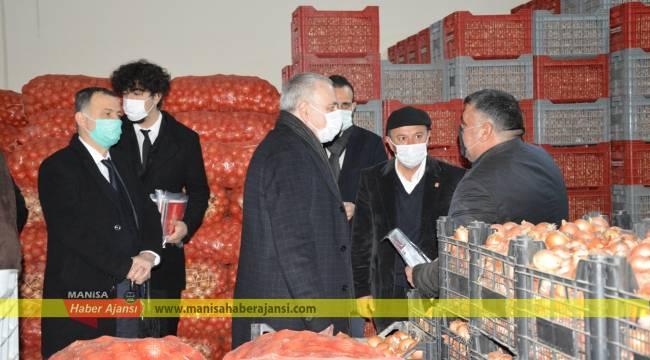 CHP heyeti halci esnafı ve pazarcıları dinledi