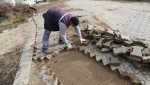 Turgutlu Belediyesi Yağıştan Etkilenen Mahallelerde Çalışmalara Başladı