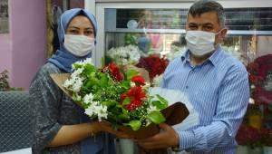 Çiçekçilerde anneler günü sevinci