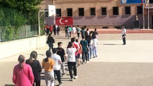 Manisa Liselere Giriş Sınavı yapıldı
