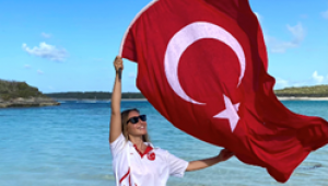 ŞAHİKA ERCÜMEN, BAHAMALAR'DAKİ SERBEST DALIŞ DÜNYA KUPASI'NDAN