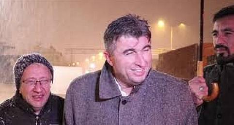Başkan Tosun'dan Yolda Kalanlara Tarhana Çorbası İkramı